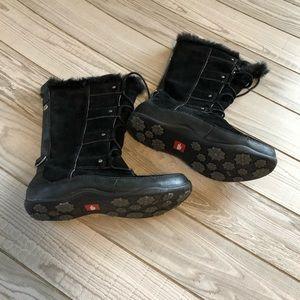 North Face  primaloft 200 waterproof black boots